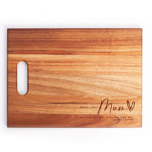 Wood bread board with personalised mothers day engraving
