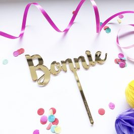 Personalised-name-cake-topper-bonnie-river-font