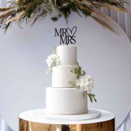 MR & MRS Cake Topper- Heart